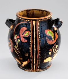 """Sugar pot, Alamance County, North Carolina, 1790-1810. Lead-glazed earthenware.  H. 6 1/4"""".  (Colonial Williamsburg Foundation.) --- Art in Clay: Masterworks of North Carolina Earthenware by Old Salem Museums and Gardens, Chipstone Foundation, and Caxambas Foundation."""