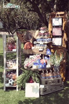 www.kamalion.com.mx - Mesa de Dulces / Candy Bar / Postres / Baby Shower / Azul & Rojo / Blue & Red / Vintage / Rustic Decor / Mesa de Dulces / Dessert / Sports / Deportes / Balón.