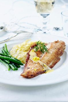 Vuoden 2012 kokkimaajoukkue on tehnyt tämän ohjeen. Seafood Recipes, Cooking Recipes, Healthy Recipes, Healthy Food, Just Eat It, Home Food, Fish Dishes, Everyday Food, Fish And Seafood