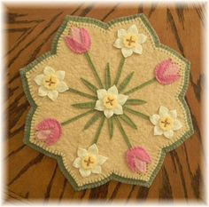 Spring Blossoms Penny Rug/Candle Mat DIGITAL PATTERN Penny Rug Patterns, Wool Applique Patterns, Embroidery Patterns, Quilt Pattern, Print Patterns, Sewing Patterns, Paper Patterns, Felt Embroidery, Hardanger Embroidery