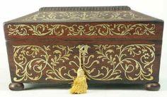 В форме Регентства gadrooned и латунная инкрустация палисандр коробка со встроенными ювелирный лоток, около 1825. Увеличить Фото