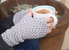 Delectable Lattice Wristwarmers by Beatrix Snyman from Btrix Dsigns on Ravelry. Sizes Child to Adult