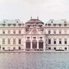 Belvedere, Vienna Vienna, Mansions, House Styles, Home Decor, Mansion Houses, Homemade Home Decor, Villas, Fancy Houses, Interior Design