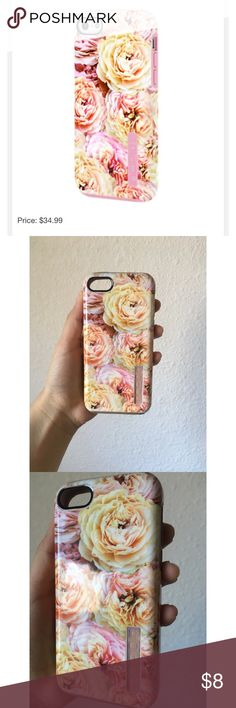 Flower IPhone 5 Phone Case In good condition. Pictures show exactly how it looks. Check out my closet! Accessories Phone Cases