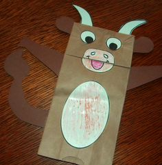 Art projects provide fun ways for students to develop fine motor skills and create a product they can proudly take home to Mom. Even Teens enjoy them, Farm Animal Crafts, Farm Crafts, Animal Crafts For Kids, Toddler Crafts, Farm Animals, Preschool Art Projects, Preschool Crafts, Preschool Farm, Farm Projects
