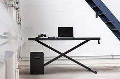 Holmris X-Table http://www.geekandhype.com/holmris-x-table-11003/