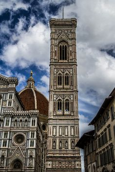 Cmapanile del Duomo, Florence's cathedral, Italy. #Florence #Italy #Duomo #EffetiUSA