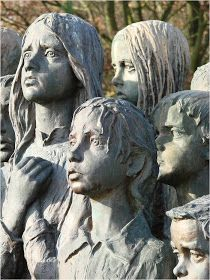 Remember Lidice ~ Kuriositas