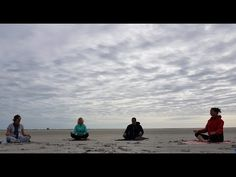 On the sandbank Engelsmanplaat ( The Netherlands) it is possible to do yoga! See how it works in this video. How To Do Yoga, Netherlands, Discovery, The Darkest, Hiking, Europe, Park, Beach, Water