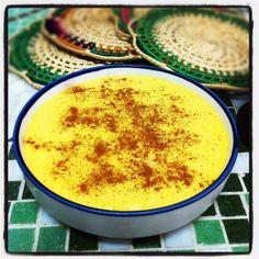 A canjica pode ser branca ou amarela e é conhecida por todo o pais com diferentes nomes. Além de deliciosa, traz uma dezena de benefícios para a saúde.