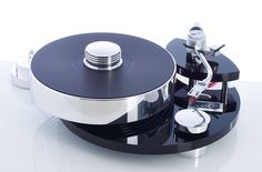 Transrotor Jupiter Turntable  Found on facebook:  https://www.facebook.com/odechelette/photos/pcb.626089744260633/626088797594061/?type=3&theater