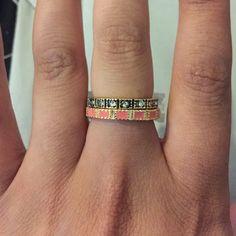 Beautiful gold tone ring Nwt size medium (6-7) Jewelry Rings