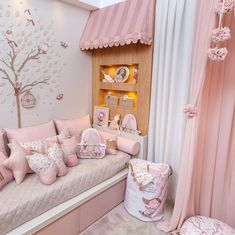 The Best in Girl's Bedroom Design and Decor Inspiration!