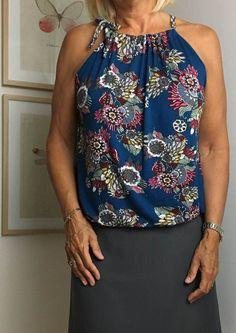 Sewing Clothes For Men Mønster på simpel sommertop. Sewing Clothes Women, Diy Clothing, Clothing Patterns, Sewing Patterns, Clothes For Women, Diy Tops For Women, Sewing Dress, Sewing Blouses, Diy Fashion