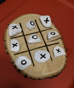 Cute and easy tic tac toe to keep guests occupied during cocktail hour :) Indoor Wedding Games, Wedding Games For Guests, Reception Games, Indoor Games, Reception Ideas, Home Wedding, Wedding Tips, Rustic Wedding, Wedding Planning
