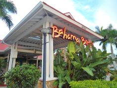 Bahama  Breeze - Fort Myers, Florida Fun place to eat with tropical decor and cocktails!  <3