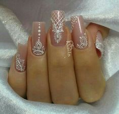 Nail Art Decoration With Rhinestones And Glitter – Best Puzzles, Games, Ideas & Henna Nails, Lace Nails, Henna Nail Art, Gorgeous Nails, Pretty Nails, Indian Nails, Indian Nail Art, Bride Nails, Wedding Nails