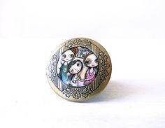 Grande anello regolabile ottone tondo 32 cm di margheritaarrighi, €12.00