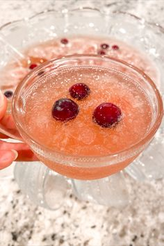This is our favorite Holiday drink. It has the perfect combination of flavors. Sweet but not too sweet, tart but not too tart. Winter Cocktails, Christmas Cocktails, Holiday Drinks, Holiday Recipes, Christmas Punch, Christmas Foods, Christmas Baking, Christmas 2019, Holiday Fun