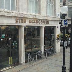 #런던 새 명물 #스타욱스 커피 #star_uks by bbadagun