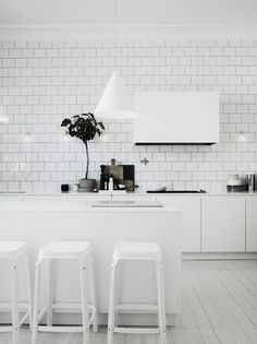Home and Delicious: homevisit on a saturday: stockholm / lotta agaton