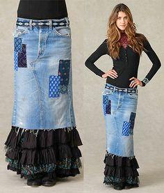 inspiration for upcycled denim skirt, fun, funky, artsy, patchwork Jeans Denim, Jeans Fit, Denim Skirts, Jean Skirts, Raw Denim, Diy Clothing, Sewing Clothes, Denim Fashion, Curvy Fashion
