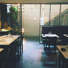 Gorgeousness all over! #graanmarkt13 #toeat #tolunch #toshop #restaurant #multibrand #clothingstore #store #dangerous #interior #inspiration #vincentvanduysen #housegoals #interiorgoals #pslab #lighting