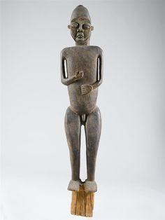 STATUE DU GRASSLAND Cameroun. Hauteur: 182 cm (...)  CHF 50,000 / 80,000 | € 41,660 / 66,660