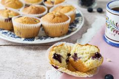 So delicious! Muffin Recipes, Baking Recipes, Vegan Recipes, Vegan Food, Sugar Free Vegan, Good Food, Yummy Food, Dairy Free Eggs, Baking With Kids