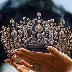 The Poltimore Tiara was purchased in 1960 for HRH The Princess Margaret and it was worn on her wedding day. The Princess kept and wore the tiara for the rest of her life. It was sold for far more than. Royal Crowns, Royal Jewels, Tiaras And Crowns, Crown Jewels, Princess Crowns, Pink Princess, Princess Wedding, Princess Party, Pageant Crowns