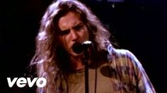 Music video by Pearl Jam performing Even Flow. (C) 1991 SONY BMG MUSIC ENTERTAINMENT