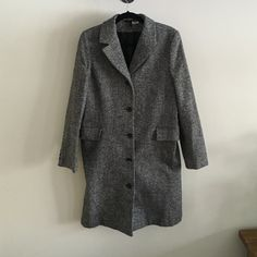 """Women's overcoat - straight cut This coat is awesome! It's a women's straight cut trench coat/ overcoat with a men's look. It's not too heavy. Lined. Perfect for winter :). Shoulder to hem length: 38"""". Slit in back. Pockets in front. Grey/black. Excellent condition. Barely used. H&M Jackets & Coats Trench Coats"""