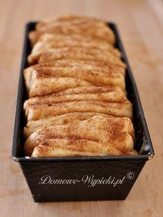 Cinnamon yeast dough to peel off- Cynamonowe ciasto drożdżowe do odrywania Cinnamon yeast dough to peel off - Sweet Recipes, Cake Recipes, Dessert Recipes, Delicious Desserts, Yummy Food, Weird Food, Polish Recipes, Love Food, Food And Drink