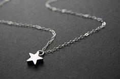 Kette mit silbernem Stern // necklace with silver star via DaWanda.com