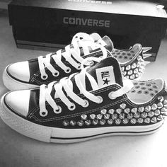 3ada08f49fd5 black and white spikes Studded Converse
