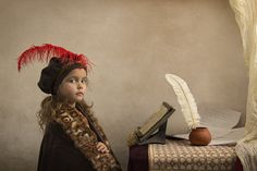 Photographer creates outstanding Renaissance inspired portraits with his daughter - DIY Photography Father Daughter Photography, Children Photography, Fine Art Photography, Portrait Photography, Photography Studios, Inspiring Photography, Photography Projects, Photography Tutorials, Creative Photography