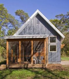 Murphy Small House: Passive Solar Design under 800 sf. Ecco deep...sustainable consulting. by dolores