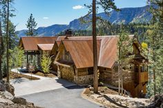5 bed, 5 bath mining-style rustic architecture in Durango, Colorado. Designed and built by Kogan Builders. Cabin Design, Rustic Design, Rustic Style, House Design, Rustic Contemporary, Modern Rustic, Durango Colorado, Mountain Homes, Parade Of Homes