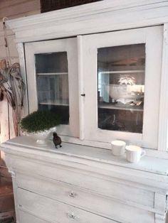 (1) FINN – Antikke møbler, Torget