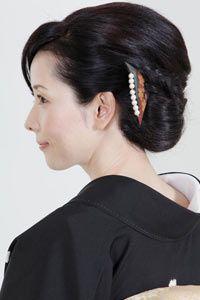 結婚式当日のお母様の髪型を探すならなら「結婚準備室」