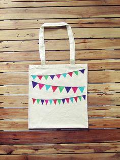 Jutebeutel Girlande, Flexdruck // tote bag with garland print via DaWanda.com