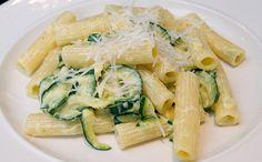 A kép csak illusztráció Fodmap Recipes, Gluten Free Recipes, Fodmap Foods, Pasta Recipes, Diet Recipes, Vegetarian Recipes, Rigatoni, Low Fodmap, Main Meals