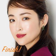 アイラインなしでまだいけると思っていませんか?アラフォーがマスターすべきアイラインの作り方まとめ | ファッション誌Marisol(マリソル) ONLINE 40代をもっとキレイに。女っぷり上々! Japanese Beauty, Diamond Earrings, Make Up, Eyes, Maquiagem, Maquillaje, Makeup, Cat Eyes, Diamond Stud Earrings