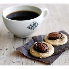 Coffee with any nutty cookie... yummy!