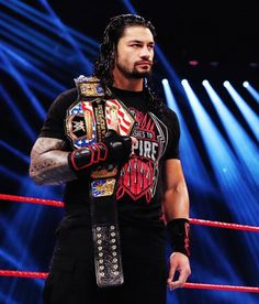 Find images and videos about wwe, the shield and roman reigns on We Heart It - the app to get lost in what you love. Roman Reigns Wwe Champion, Wwe Superstar Roman Reigns, Wwe Roman Reigns, Wrestling Stars, Wrestling Wwe, Roman Reigns Superman Punch, Roman Empire Wwe, Roman Reighns, Aj Styles Wwe
