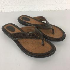 4ede1c75c4b BOC Womens Flip Flop Sandals Brown Crocodile Alligator Embossed Size 10M  Comfort  fashion  clothing