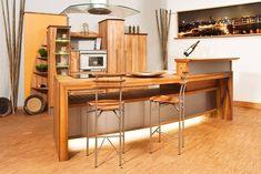 Cocina rustica Bamboo, estilo bar asiatico. #maderasymuebles #cocinas #cocina #kitchenlovers #kitchen #maderas #maderaslife #vivirbien #comodidad #mueblesdemadera