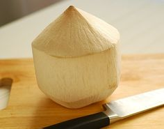how-to-open-a-young-coconut