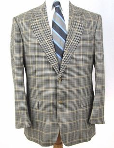 Isaia Napoli Sport Coat 44R 100% Cashmere Houndstooth Plaid Double Vent Blazer #isaia #TwoButton