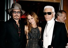 I can't even handle this moment: Johnny Depp, Vanessa Paradis and Karl Lagerfeld